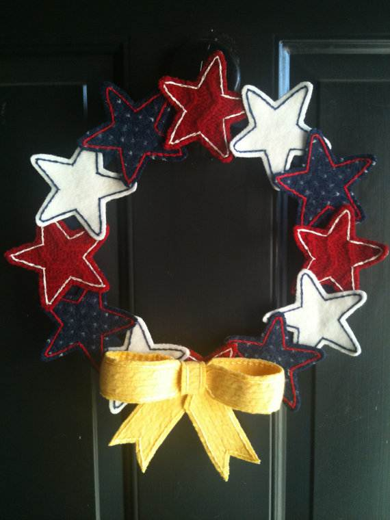 Cool-wreaths-for-Memorial-or-Labor-Day-_12