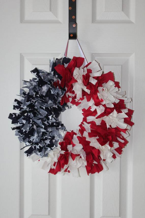 Cool-wreaths-for-Memorial-or-Labor-Day-_23