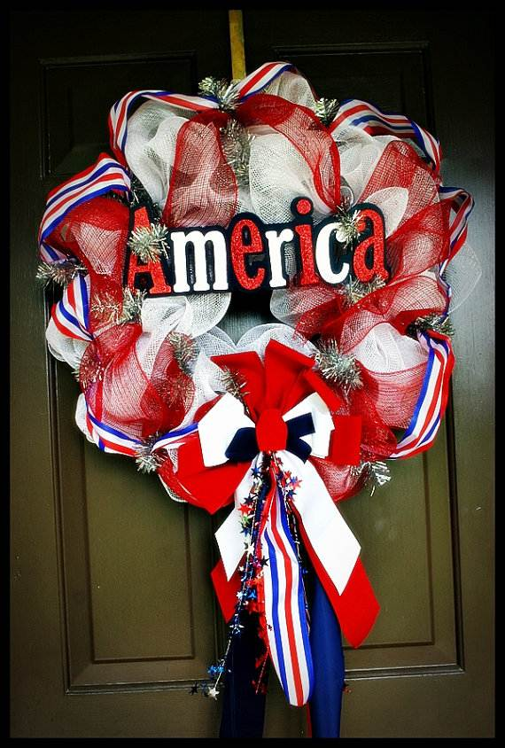 Cool-wreaths-for-Memorial-or-Labor-Day-_30