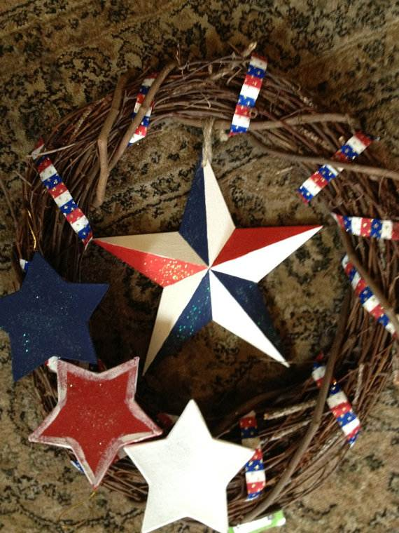 Cool-wreaths-for-Memorial-or-Labor-Day-_37