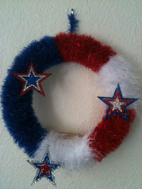 Cool-wreaths-for-Memorial-or-Labor-Day-_40