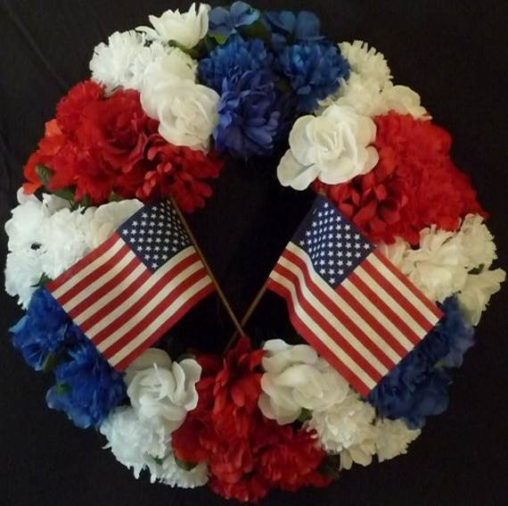 Decorative_-Labor-_Day_-Wreaths_-Entry-Door_-Ideas-__02