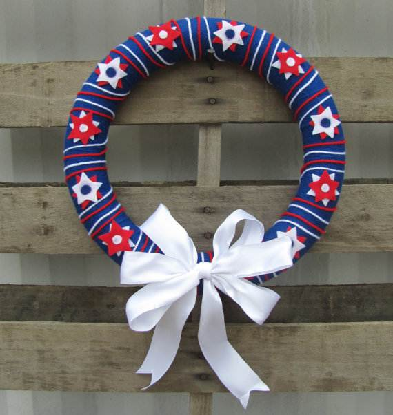 Decorative_-Labor-_Day_-Wreaths_-Entry-Door_-Ideas-__08