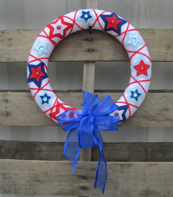 Decorative_-Labor-_Day_-Wreaths_-Entry-Door_-Ideas-__10