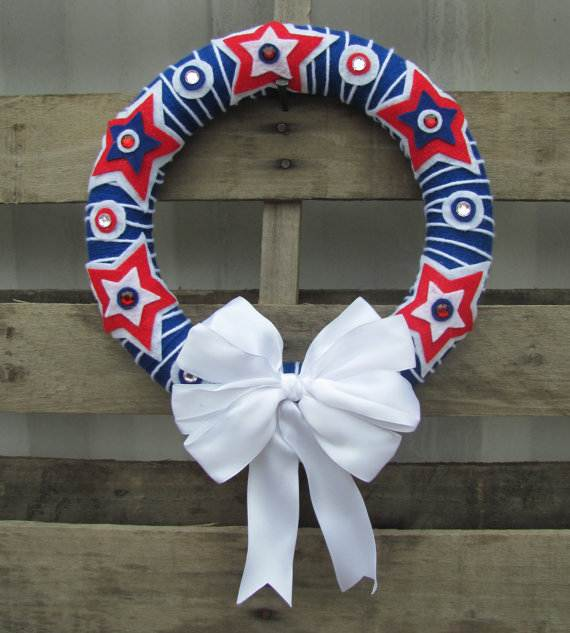 Decorative_-Labor-_Day_-Wreaths_-Entry-Door_-Ideas-__11