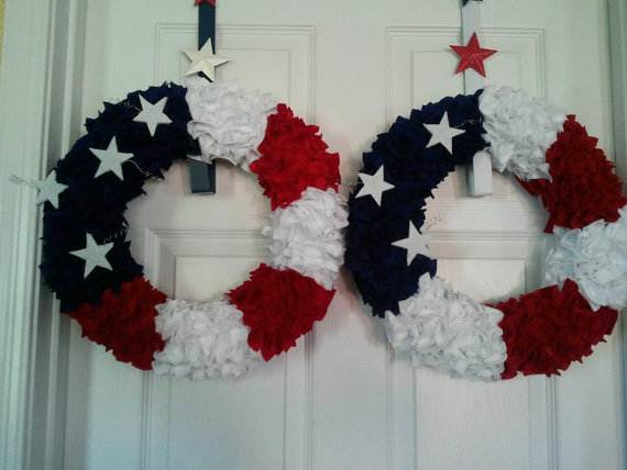 Decorative_-Labor-_Day_-Wreaths_-Entry-Door_-Ideas-__19