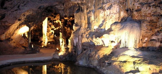 Hato_-Caves-Curacao-_Attractions__31_657126a9dc29e86b418585c0221fd138