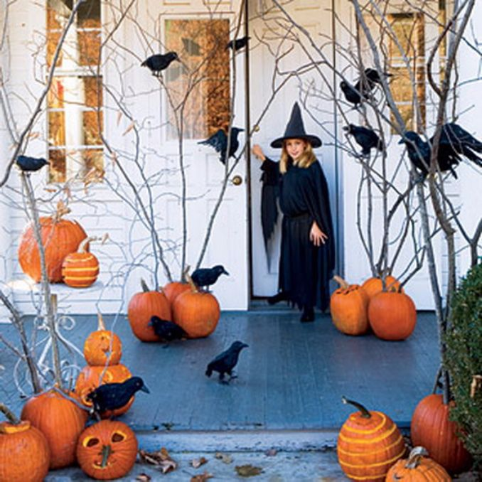 Cool-Outdoor-Halloween-Decorations-2012-Ideas_391