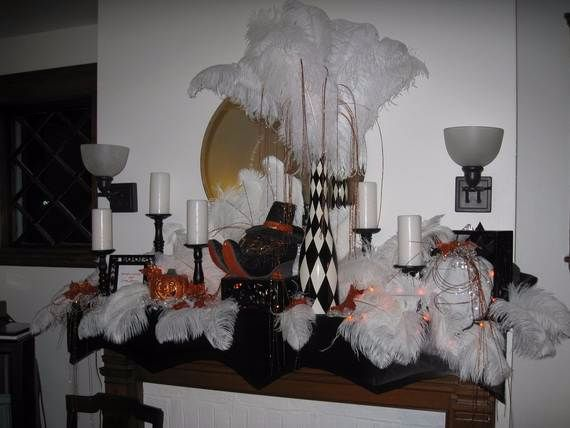 Great_-Halloween_-Fireplace_-Mantel_-Decorating_-Ideas__122