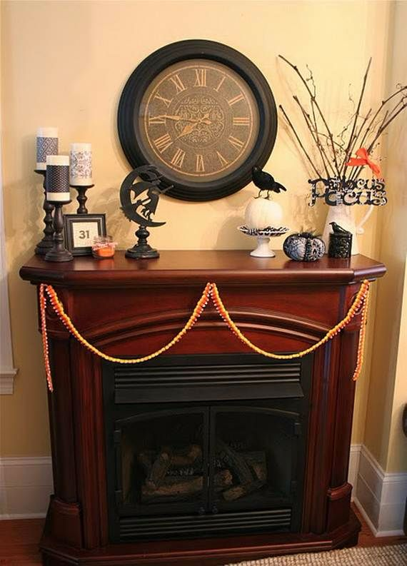 Great_-Halloween_-Fireplace_-Mantel_-Decorating_-Ideas__222