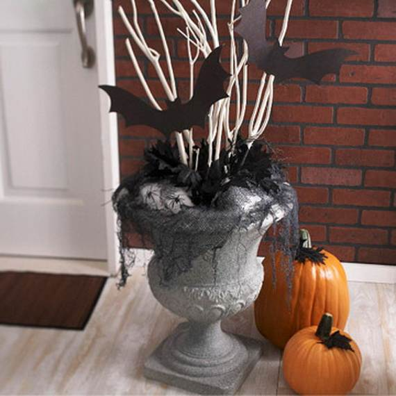 50_Stylish_-Halloween-House__-Interior_-Decorating_Ideas__16
