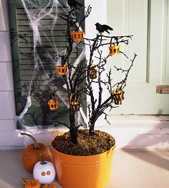 50_Stylish_-Halloween-House__-Interior_-Decorating_Ideas__32