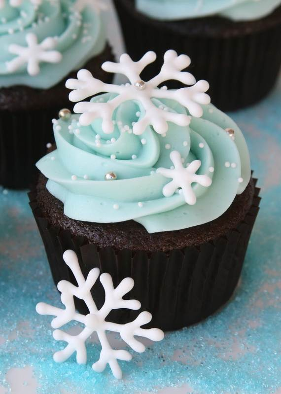 Easy-Christmas-Cupcake-designs-and-Decorating-Ideas_12