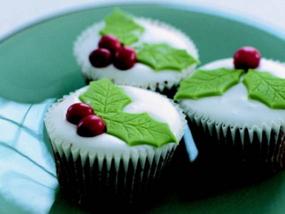 Easy-Christmas-Cupcake-designs-and-Decorating-Ideas_47