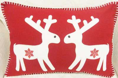 Gorgeous Handmade Christmas Pillow Inspiration