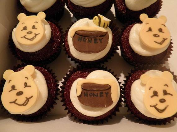 Winnie-the-Pooh-Cake-and-Cupcakes-Decorating-Ideas_31