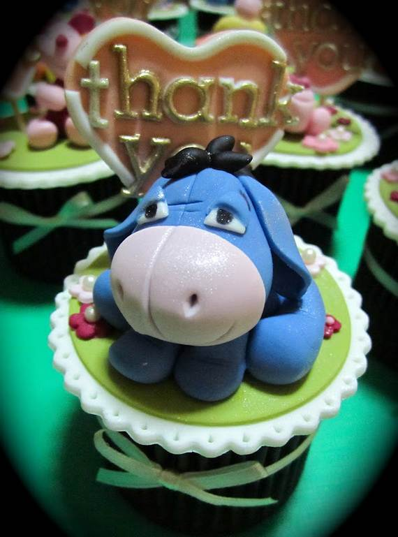 Winnie-the-Pooh-Cake-and-Cupcakes-Decorating-Ideas_41