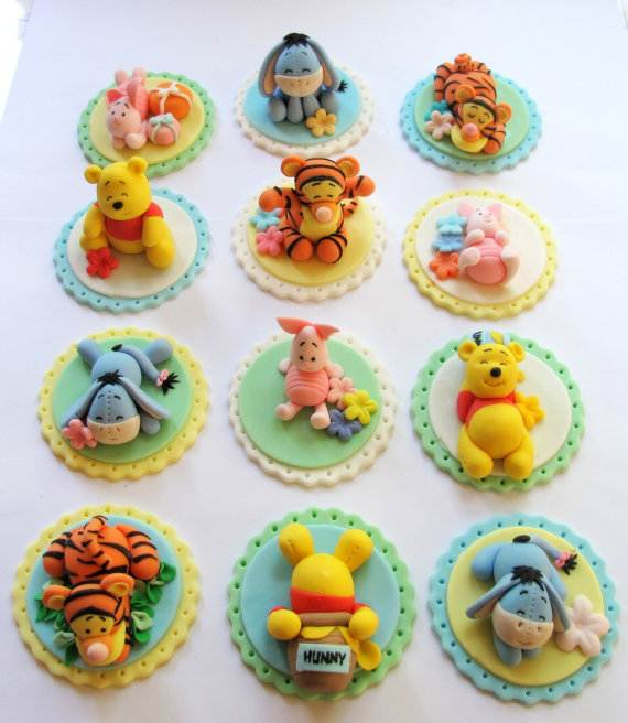 Winnie-the-Pooh-Cake-and-Cupcakes-Decorating-Ideas_67