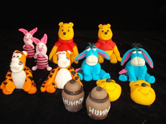 Winnie-the-Pooh-Cake-and-Cupcakes-Decorating-Ideas_72