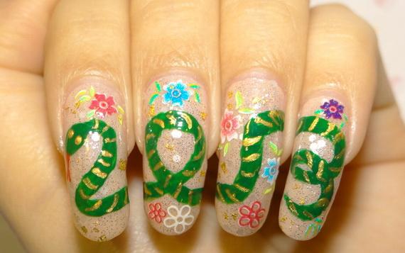 2013 year of snake nails2_resize