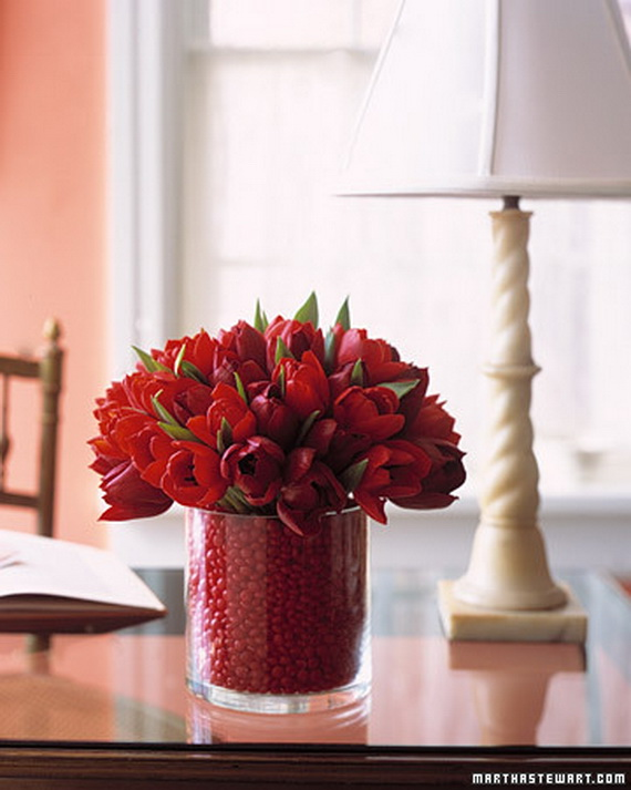 Amazing- &-Easy- Homemade- Valentine's- Day -Centerpieces- Ideas _14