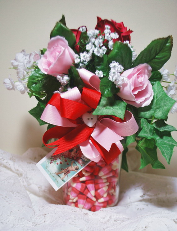 Amazing- &-Easy- Homemade- Valentine's- Day -Centerpieces- Ideas _25