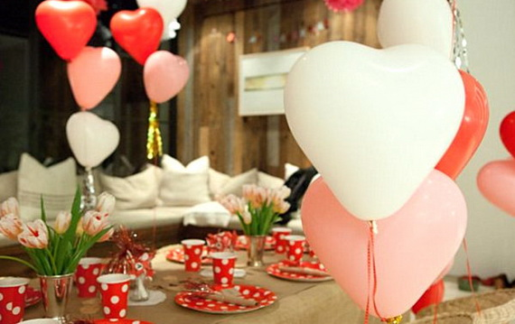 Amazing- &-Easy- Homemade- Valentine's- Day -Centerpieces- Ideas _31