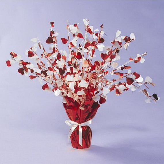 Amazing- &-Easy- Homemade- Valentine's- Day -Centerpieces- Ideas _50
