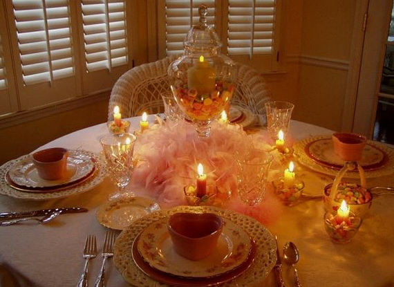 Amazing- &-Easy- Homemade- Valentine's- Day -Centerpieces- Ideas _70