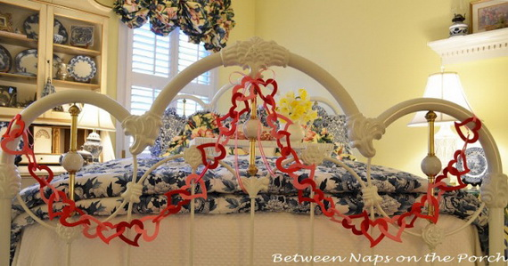 Beautiful -Bedroom- Decorating- Ideas- For- Valentine's- Day_33