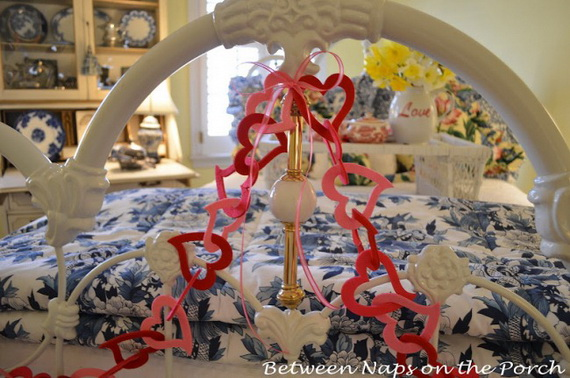 Beautiful -Bedroom- Decorating- Ideas- For- Valentine's- Day_47