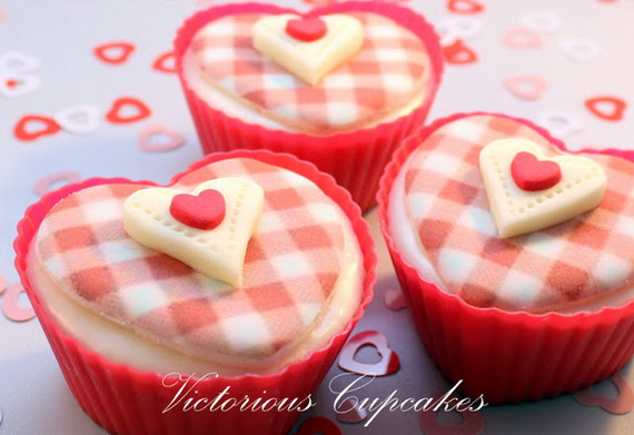Easy- Valentine's Day- Cupcakes- Decorating- Ideas__40