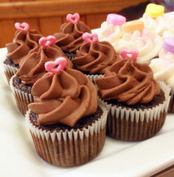 Easy- Valentine's Day- Cupcakes- Decorating- Ideas__71