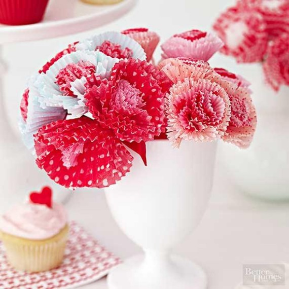 Frilly-Paper-Flowers-