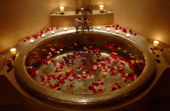 Great- Sexy -Valentine's- Day- Bathroom- Decorating- Ideas _09