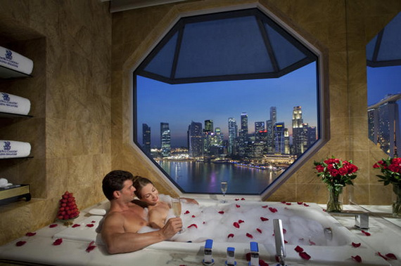 Great- Sexy -Valentine's- Day- Bathroom- Decorating- Ideas _22