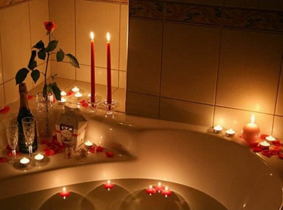 Great- Sexy -Valentine's- Day- Bathroom- Decorating- Ideas _25