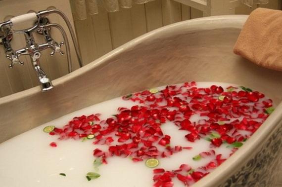 Great- Sexy -Valentine's- Day- Bathroom- Decorating- Ideas _36