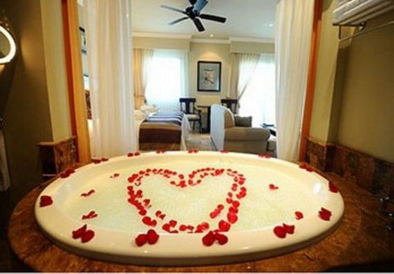 Great- Sexy -Valentine's- Day- Bathroom- Decorating- Ideas _44