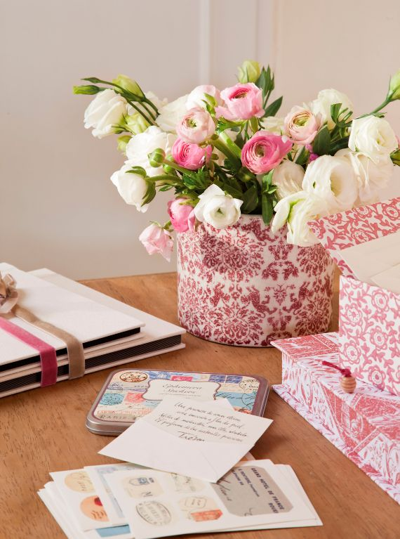 PINK AND WHITE PEONIES TONES (1)