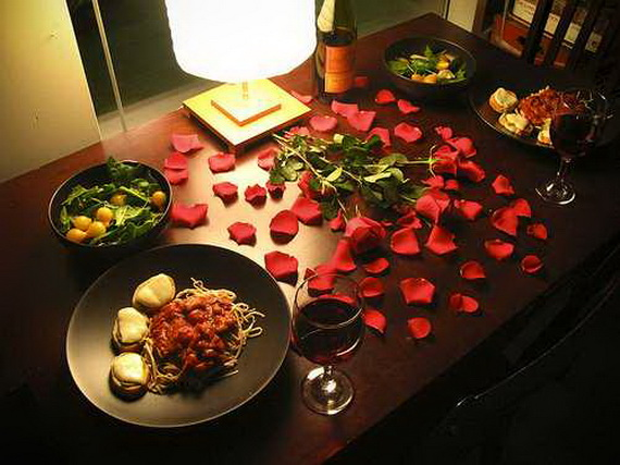 60-Cool -and -Beautiful- Valentine- Table -Decorating- Ideas _02