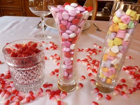 60-Cool -and -Beautiful- Valentine- Table -Decorating- Ideas _09