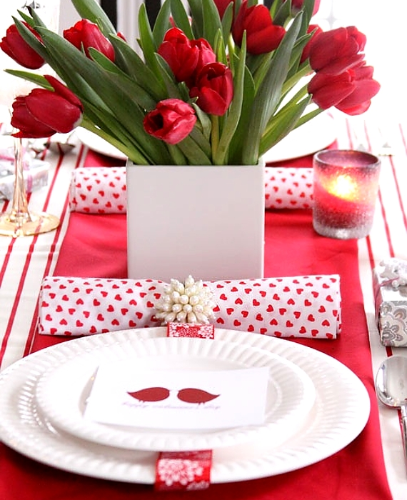 60-Cool -and -Beautiful- Valentine- Table -Decorating- Ideas _26