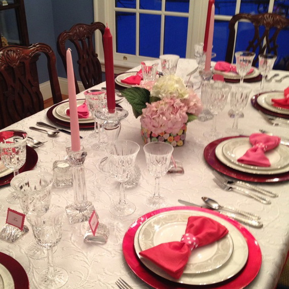 60-Cool -and -Beautiful- Valentine- Table -Decorating- Ideas _34