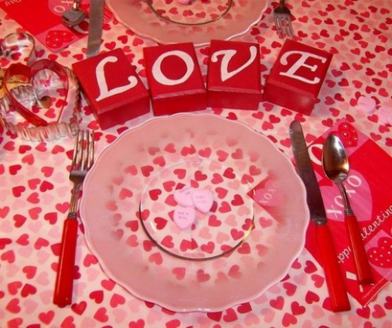 60-Cool -and -Beautiful- Valentine- Table -Decorating- Ideas _40