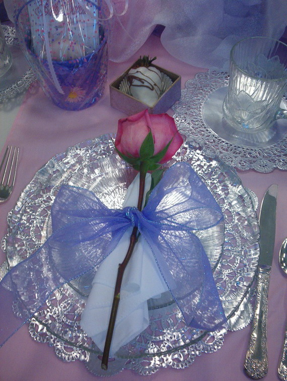60-Cool -and -Beautiful- Valentine- Table -Decorating- Ideas _49