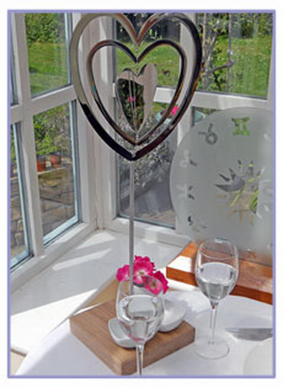 60-Cool -and -Beautiful- Valentine- Table -Decorating- Ideas _66