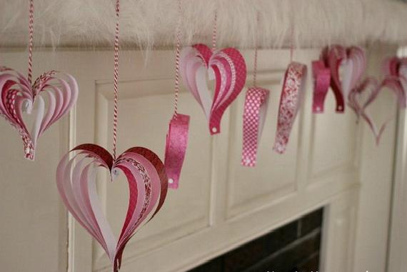 65 -Gorgeous- Valentine's- Day- Mantel- Décor- Ideas_13