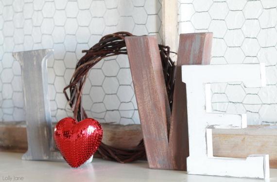 65 -Gorgeous- Valentine's- Day- Mantel- Décor- Ideas_60