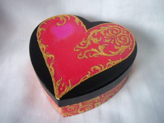 Handcrafted- Valentine's- Day- Decorations_19